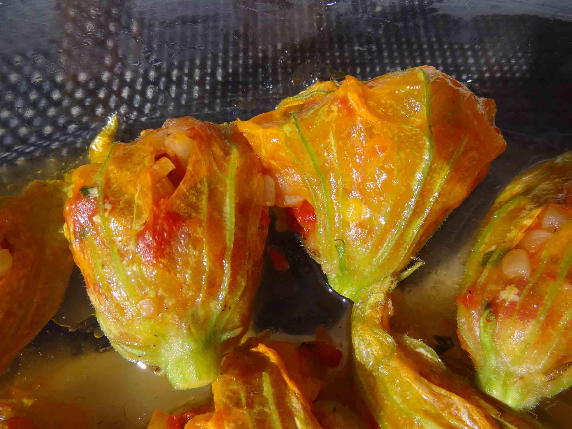 Fleurs de courgettes farcies les recettes de pierrette - Fleurs de courgettes farcies ...